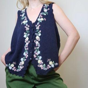 Vintage 90's navy floral embroidered knit vest